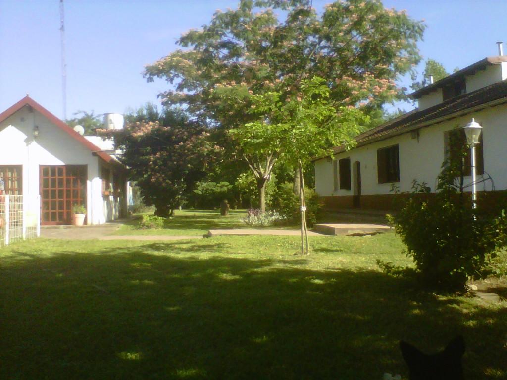 Contrafrente y casa de huesped